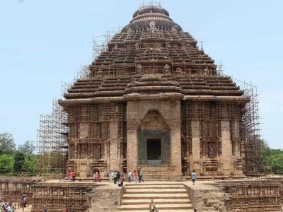 भारत के इन बेहद प्राचीन मंदिरों को एक बार जरूर देखें