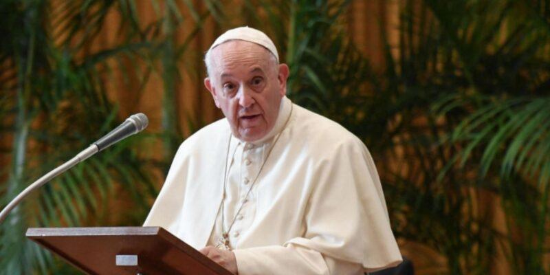 इस तरह के अपराधों को रोकने के लिए उठाए सख्त कदम, फ्रांस के चर्च में यौन उत्पीड़न मामले पर बोले पोप फ्रांसिस