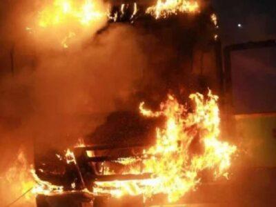 Rajasthan: जयपुर में चलती बस में लगी आग, ड्राइवर की समझदारी से बची 28 यात्रियों की जान