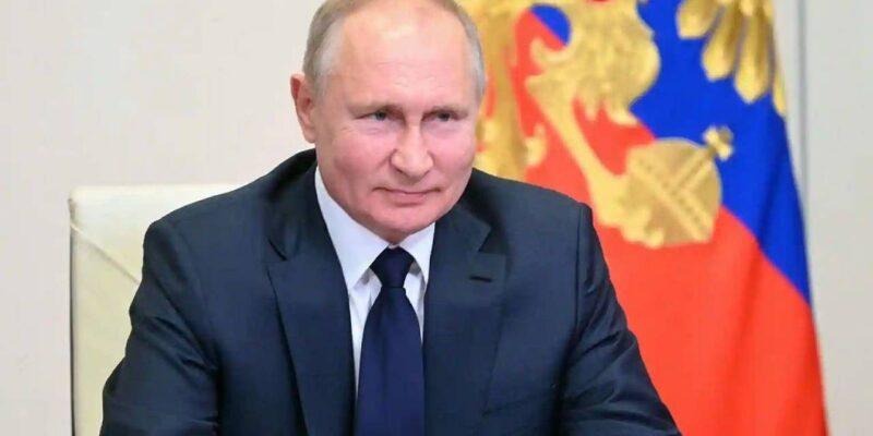Russia: क्या व्लादीमिर पुतिन भी कोविड-19 की चपेट में, जानिए खुद राष्ट्रपति ने इस पर क्या कहा