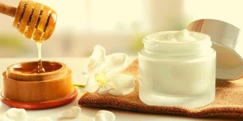 Skin Care Tips : इन 3 तरीकों से घर में बनाएं नाइट क्रीम, स्किन की हर प्रॉब्लम दूर हो जाएगी