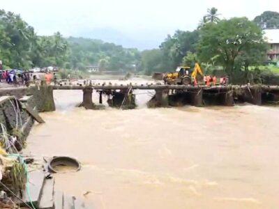 केरल में बारिश और भूस्खलन के चलते अब तक 21 लोगों की मौत, पीएम मोदी ने की CM पिनराई विजयन से बात