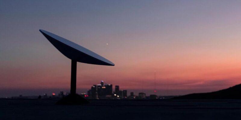 SpaceX की सैटेलाइट इंटरनेट सर्विस Starlink की भारत में जल्द हो सकती है एंट्री! रूरल इंडिया को फोकस करेगी कंपनी