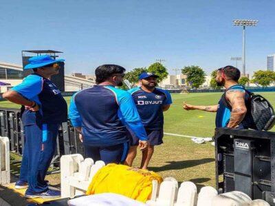 T20 World Cup 2021: टीम इंडिया की आफत का सबब बनी '12 गेंद', पाकिस्तान से 'जंग' से पहले टेंशन में धोनी-विराट!