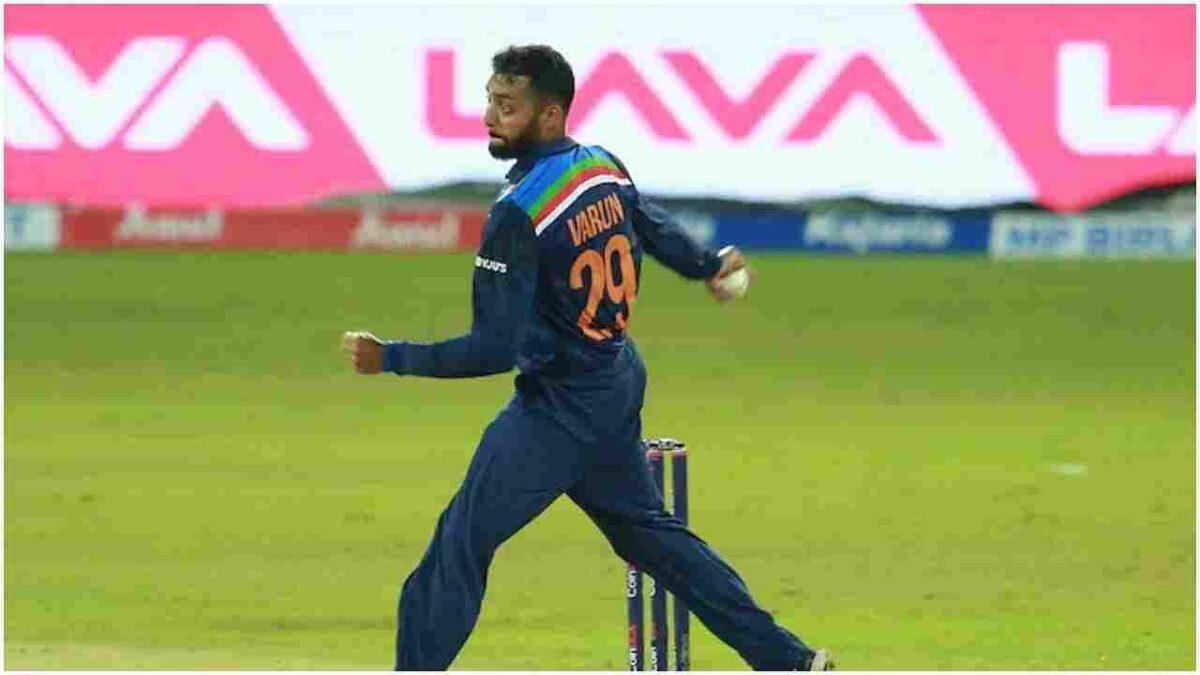 T20 World Cup 2021: वरुण चक्रवर्ती जैसे गेंदबाज पाकिस्तान की गलियों में हैं, पूर्व कप्तान ने टैलेंट पर उठाए सवाल
