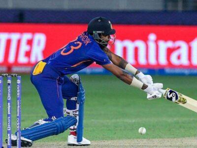 T20 World Cup: हार्दिक पंड्या को कंधे में लगी चोट, स्कैन के लिए ले जाए गए, टीम इंडिया की टेंशन बढ़ी
