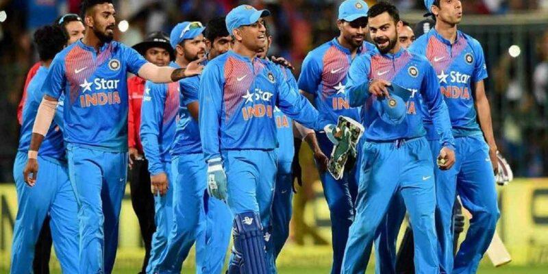 'गोद' लिए क्रिकेटर ने टीम इंडिया को जिताए 2 वर्ल्ड कप, ठोके 64 शतक, धोनी ने किया था टीम से बाहर!