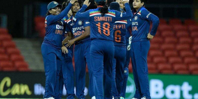 विश्व कप-2022 के बाद बदलेगी भारतीय महिला टीम की कप्तान! कोच ने दिए संकेत, इस बल्लेबाज को बताया दावेदार