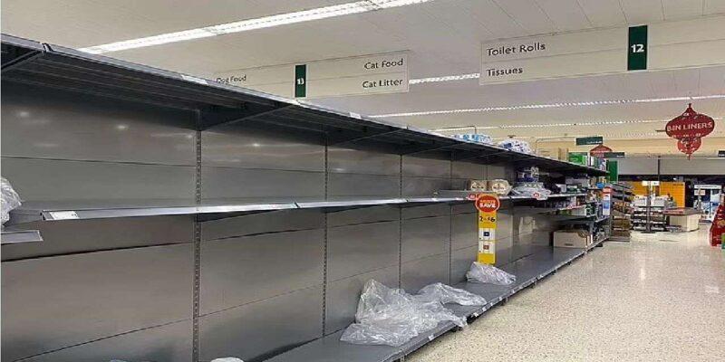 ब्रिटेन में गहराया संकट! खाने का जरूरी सामान नहीं खरीद पा रहे लाखों ब्रिटेनवासी, सर्वे में सामने आए चौंकाने वाले नतीजे