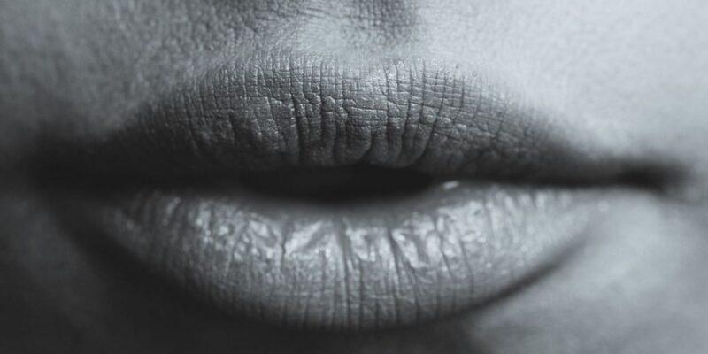 आपके होठों के साइज आपके व्यक्तित्व के बारे में बताते हैं, जानिए