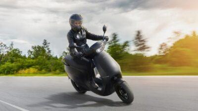 सिंगल चार्ज में 181 km चलने वाले Ola इलेक्ट्रिक स्कूटर की टेस्ट राइड 10 नवंबर से होगी शुरू