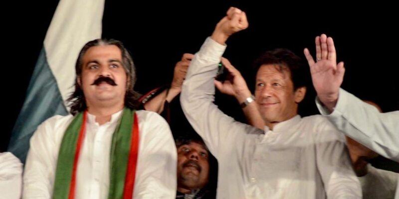 महंगाई से बचने के लिए पाकिस्तानी मंत्री की बेतुकी सलाह, लोगों से कहा- देश के लिए कुर्बानी दो, कम खाना खाओ