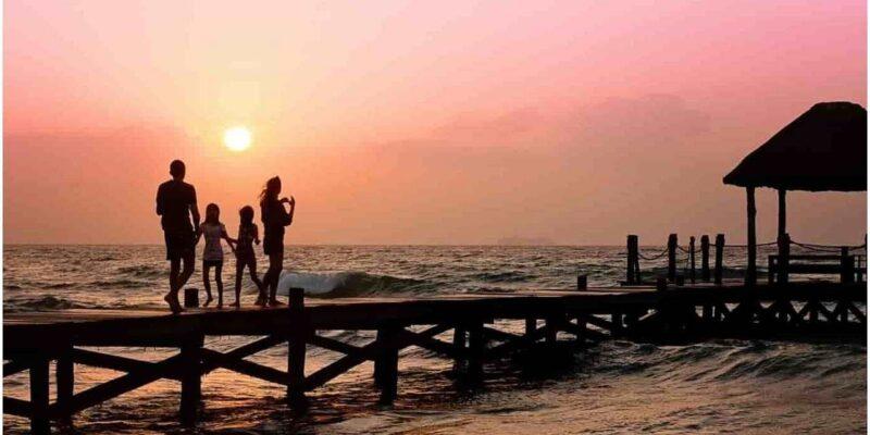 Tourist Destination : परिवार के साथ छुट्टियां मनाने के लिए टॉप 5 फैमिली डेस्टिनेशन