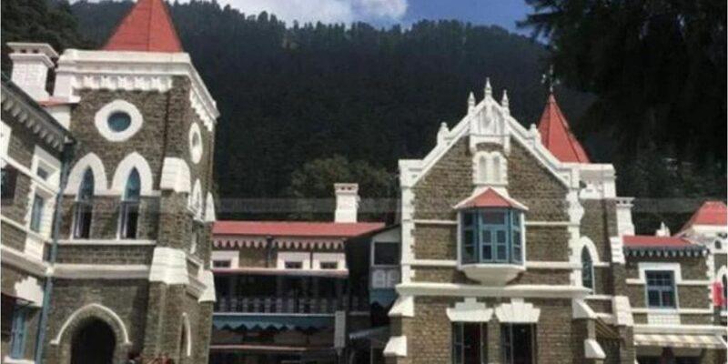 चारधाम यात्रा के लिए श्रद्धालुओं की संख्या पर लगी सीमा हटवाने अदालत पहुंची उत्तराखंड सरकार