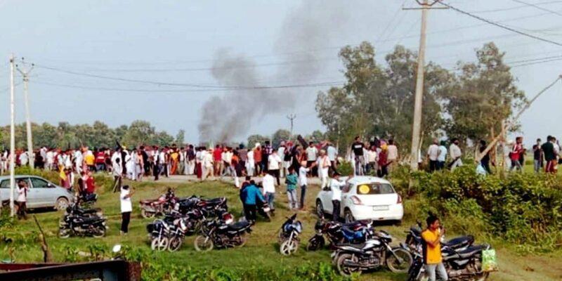 लखीमपुर में किसानों के कुचले जाने के बाद भड़की हिंसा, अगले आदेश तक इंटरनेट बंद, मंत्री ने लगाया BJP कार्यकर्ताओं की पिटाई का आरोप