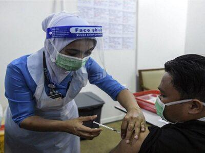 'हम आपकी जिंदगी बना देंगे बहुत कठिन', मलेशिया ने दी वैक्सीन नहीं लगवाने वाले लोगों को चेतावनी