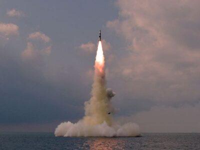 उत्तर कोरिया में एक बार फिर बढ़ी हथियारों की सनक, पनडुब्बी से दागी बैलिस्टिक मिसाइल... सुपरपावर अमेरिका को बड़ी चुनौती