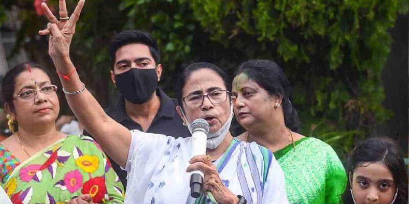 West Bengal: ममता बनर्जी ने अपने फ्यूचर प्लान का किया खुलासा, कहा-'BJP से लड़ने में नाकाम रही कांग्रेस और अब हमारी जिम्मेदारी'