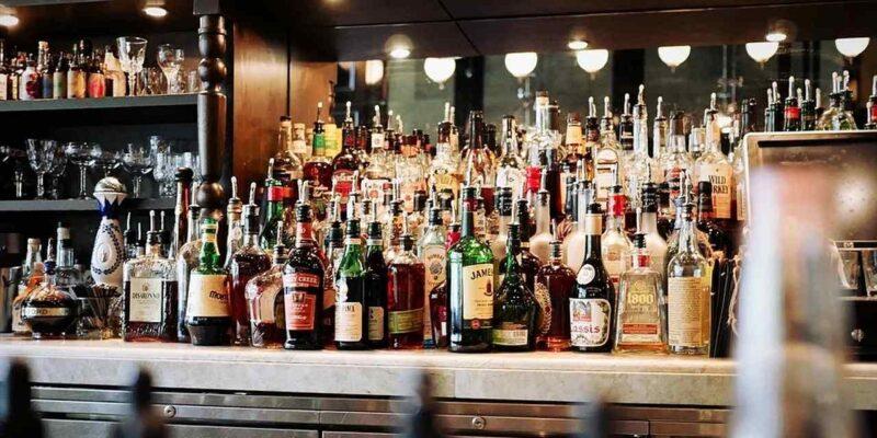 वाइन, विस्की, ब्रांडी, वोडका, बियर, ब्रांडी, रम... आज समझ लीजिए इन सब में क्या अंतर होता है?