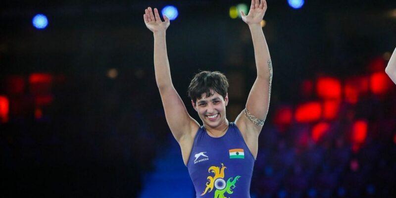 World Championship: अंशु मलिक ने रचा इतिहास, रजत पदक जीत बढ़ाई देश की शान