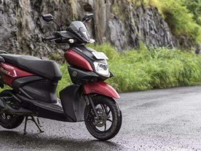 ऑफर हाल ही में लॉन्च किए गए Yamaha Aerox 155 स्कूटर पर भी मान्य नहीं हैं. आगे बढ़ते हुए, यामाहा से यामाहा एमटी -15, यामाहा एफजेड-एस, यामाहा एफजेड-एक्स, और यामाहा एफजेड -25 जैसे मॉडलों पर अपनी मोटरसाइकिल रेंज सहित और अधिक ऑफर की घोषणा करने की उम्मीद है.